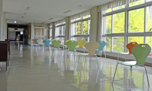 201113_chair.jpg