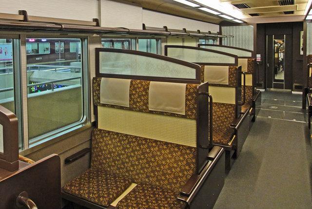 110807_train3