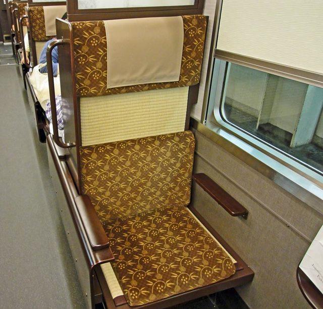 110807_train4